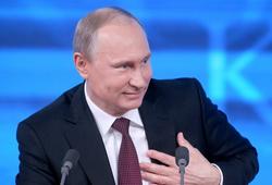 Без традиционных ценностей общество деградирует - Владимир Путин