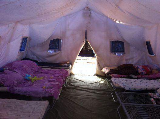 Приди и помоги: посещение приграничного лагеря для беженцев с Украины
