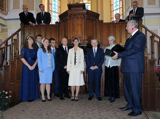Фоторепортаж о рукоположении в Московской центральной церкви ЕХБ