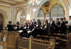 Фоторепортаж о 25-летии хора Московской центральной церкви ЕХБ (с аудио)