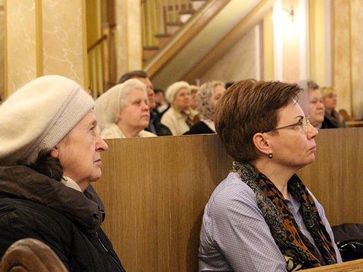 Предпасхальное служение в Московской центральной церкви ЕХБ (фоторепортаж с аудиозаписью проповедей)