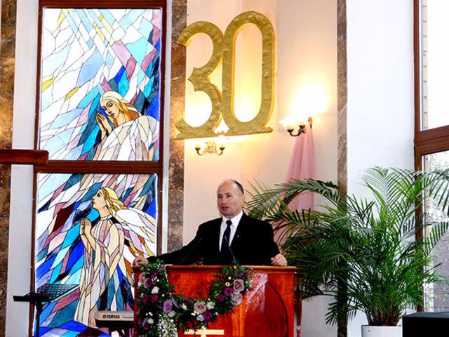 Фоторепортаж о праздновании тридцатилетия немчиновской церкви ЕХБ «Благовещение»