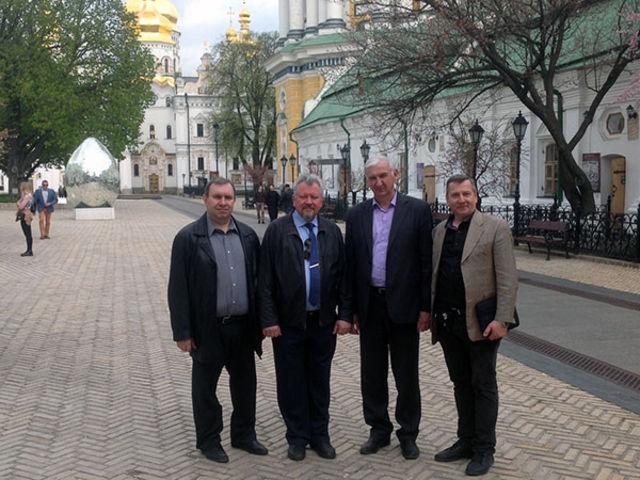 Фоторепортаж о поездке руководства РС ЕХБ в Киев