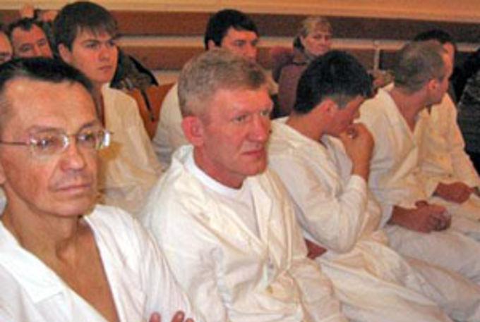 45 человек приняли крещение в Санкт-Петербурге