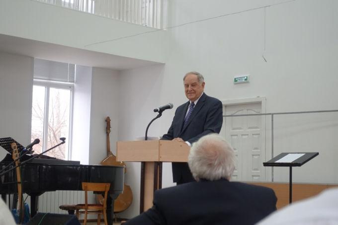 Столетию Солженицына и христианским мученикам ГУЛАГа посвящается