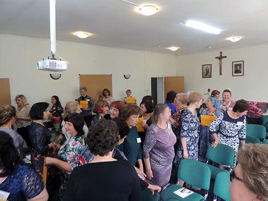 Фоторепортаж о конференции, посвященной 20-летию Всероссийской программы обучения женщин.
