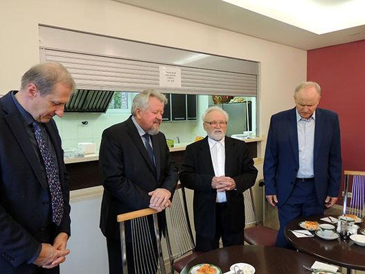 Фоторепортаж о встрече, посвящённой 90-летнему юбилею А. Г. Медведева