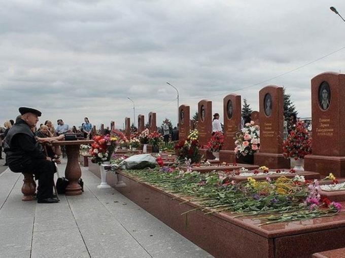 В Беслане умер Ф. Тотиев, похоронивший в теракте шестерых внуков